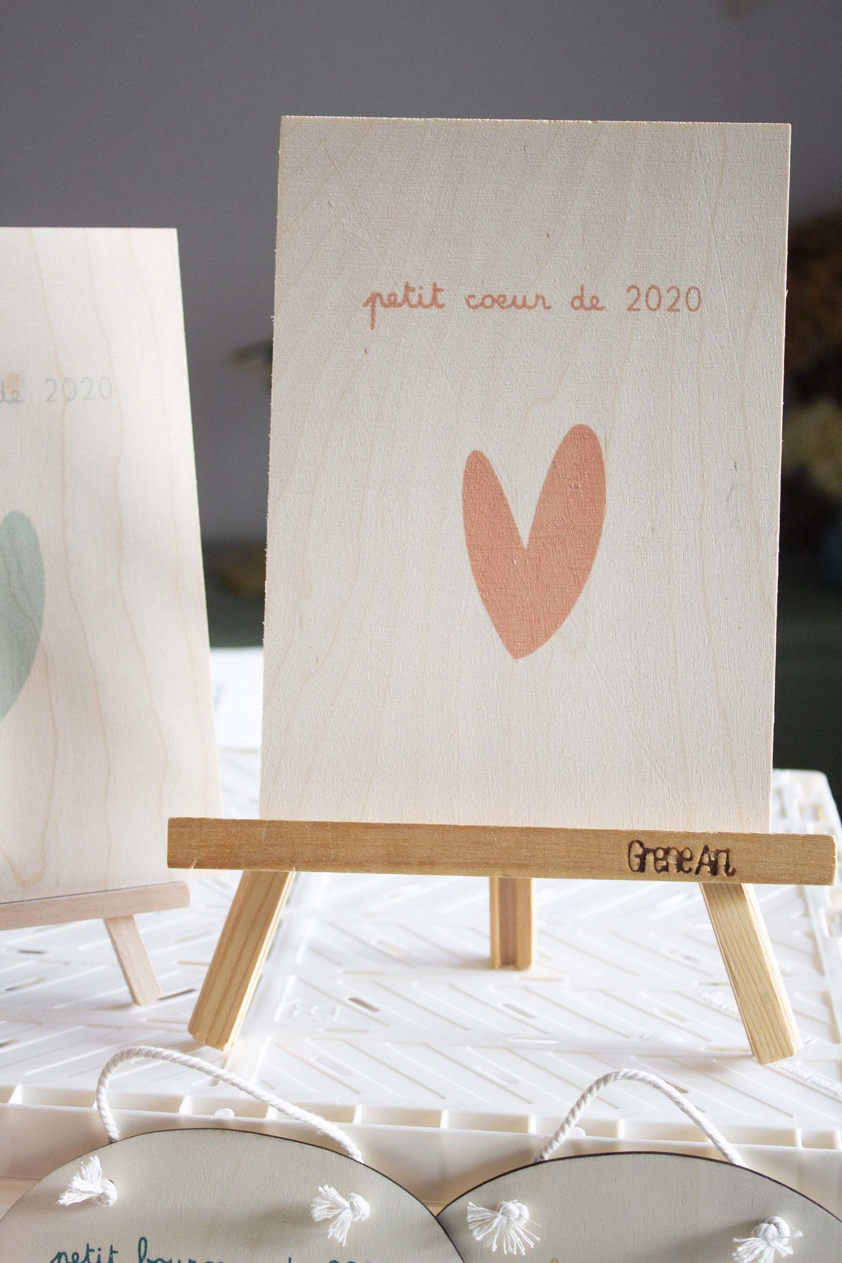 Affiche-a5-bois-petitcoeur-roseorange-serigraphie-enfant-latelierdesorg