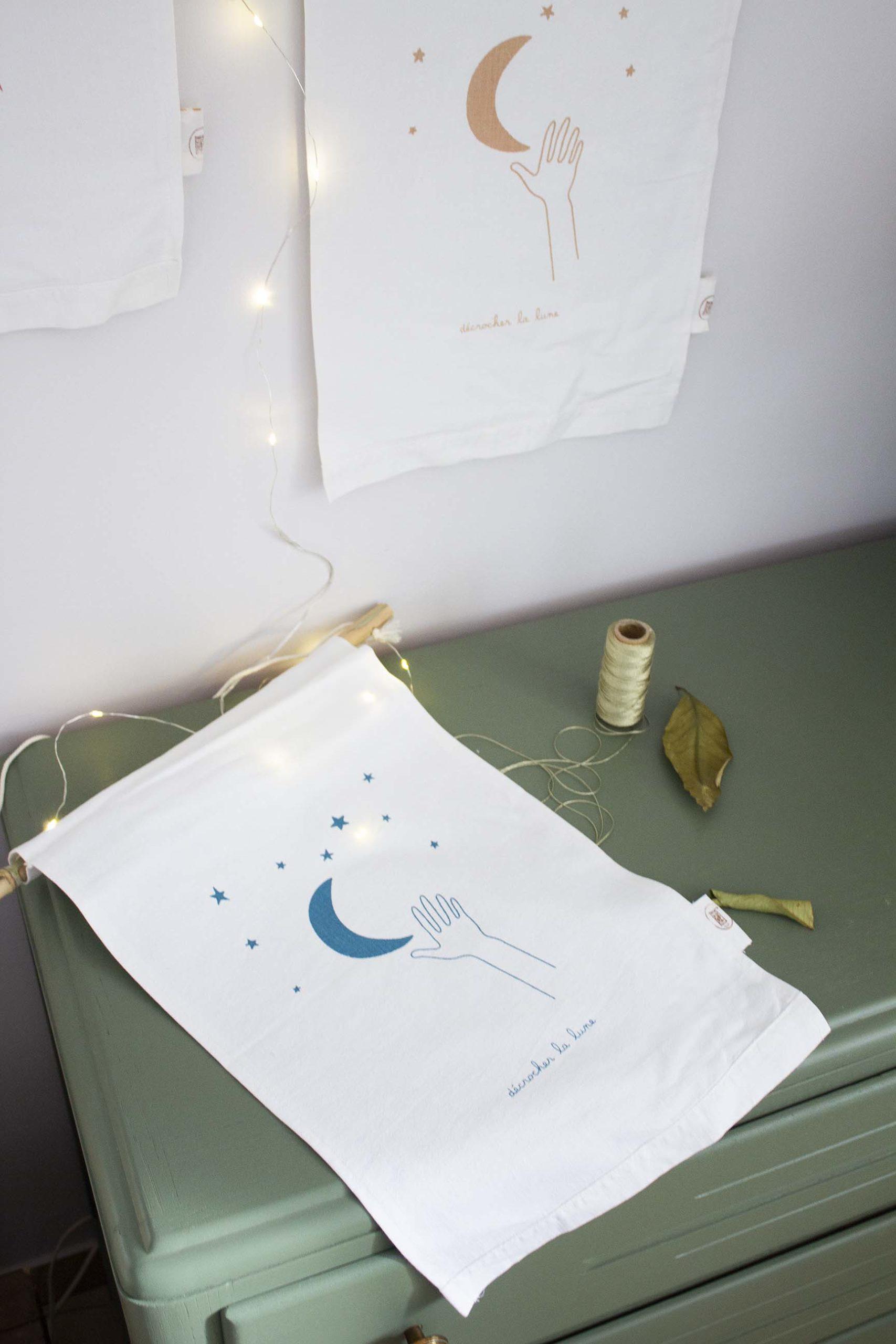 affiche-tissu-grandformat-dll-bleu-latelierdesorg-serigraphie